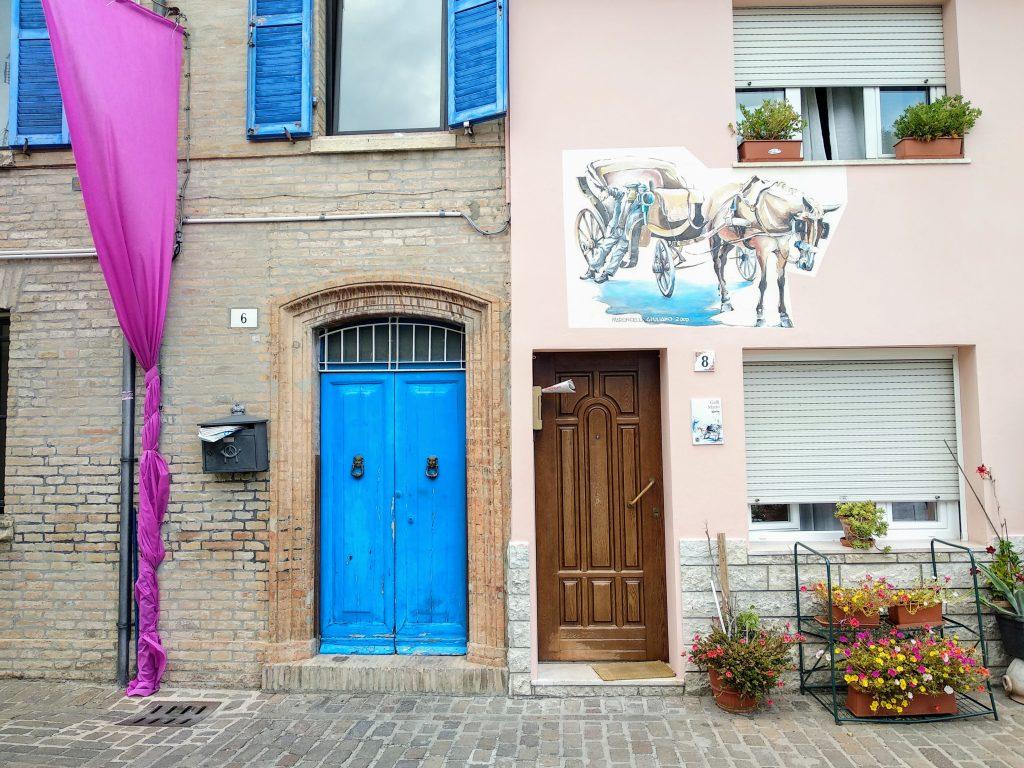 murales su casa rosa