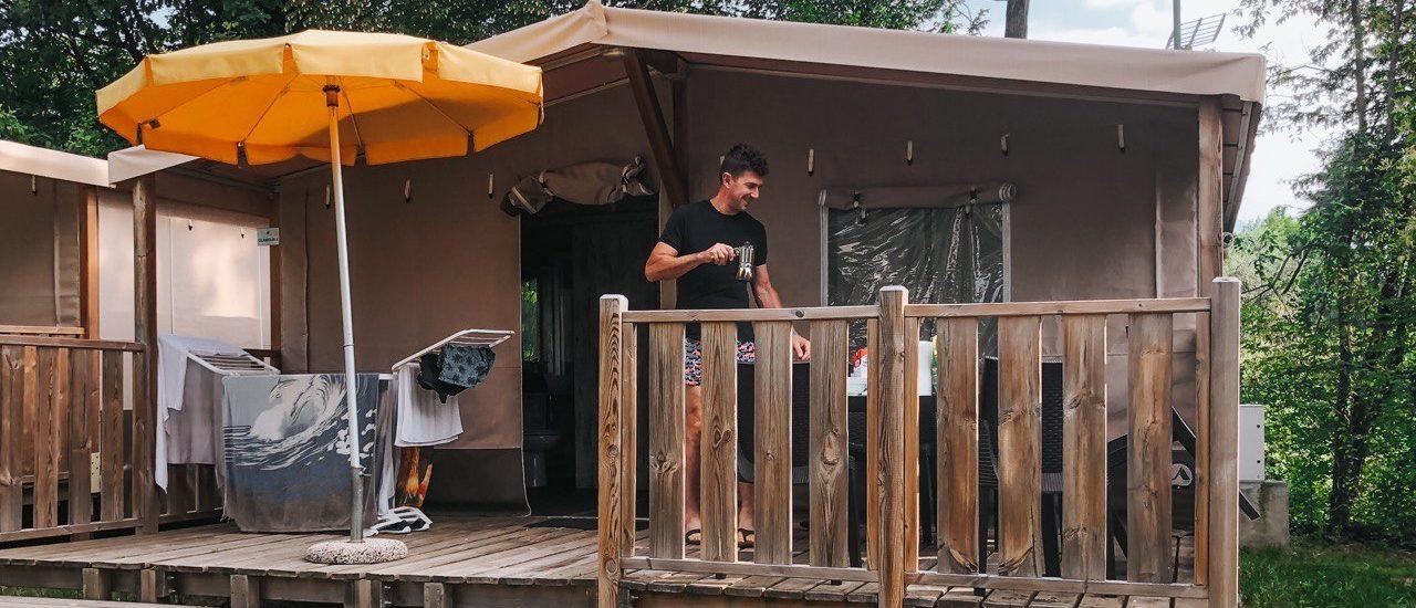 tenda glamping con terrazzo